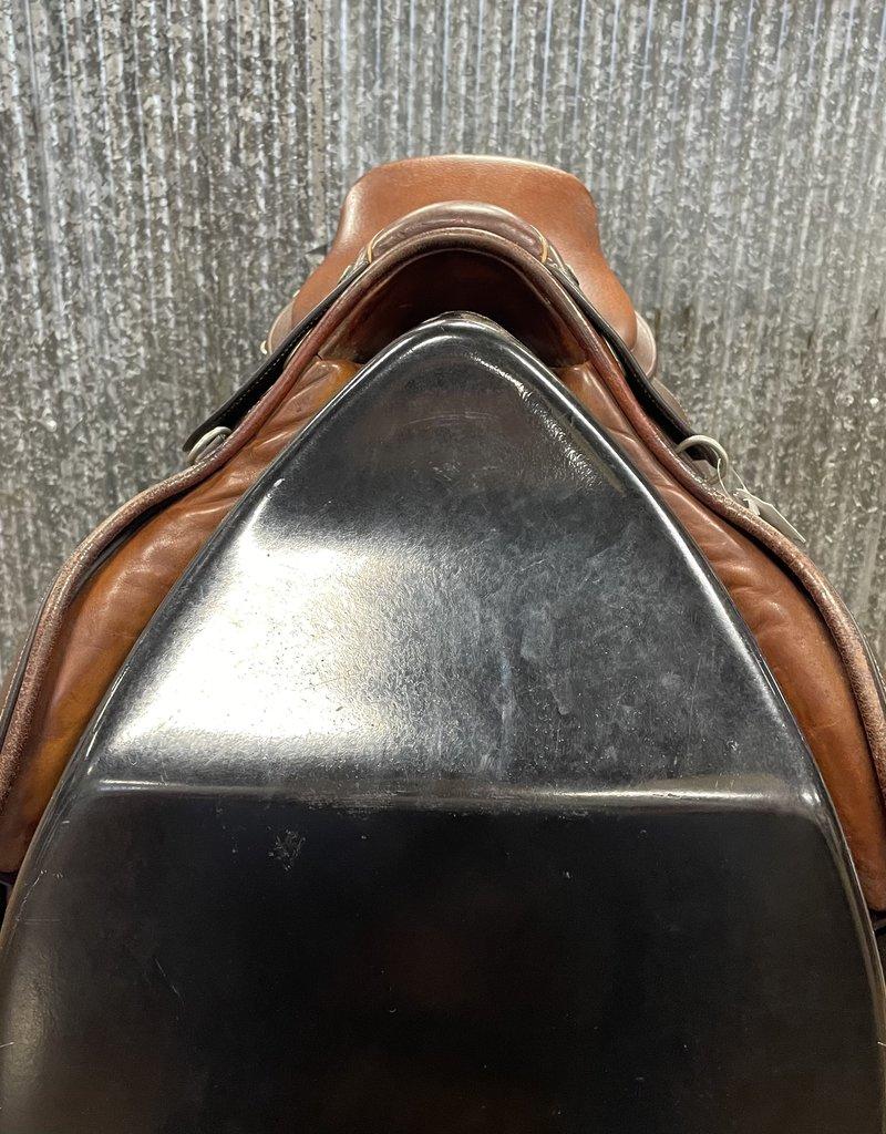 "Consignment Saddle #413 Shires England Close Contact 18"""