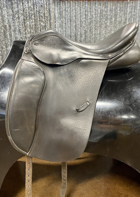 """Consignment Saddle # 427 Anky Dressage 18"""""""