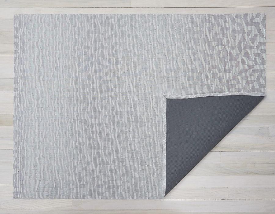 """Chilewich Prism Floormat - Silver 46"""" x 72"""""""
