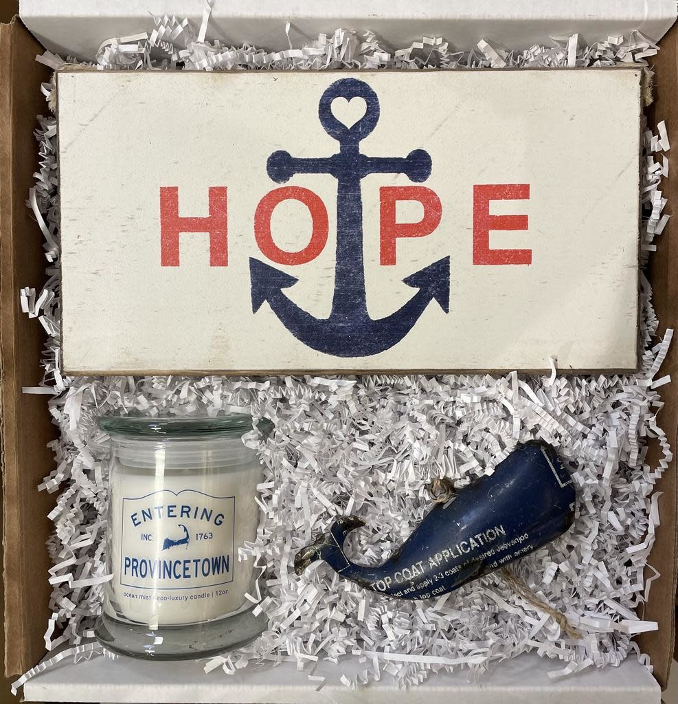 """Roots-Gift Box """"Cape Codder"""""""