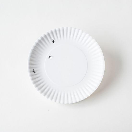 "Melamine ""Paper"" Plates - Ants 9"" Set of 4"