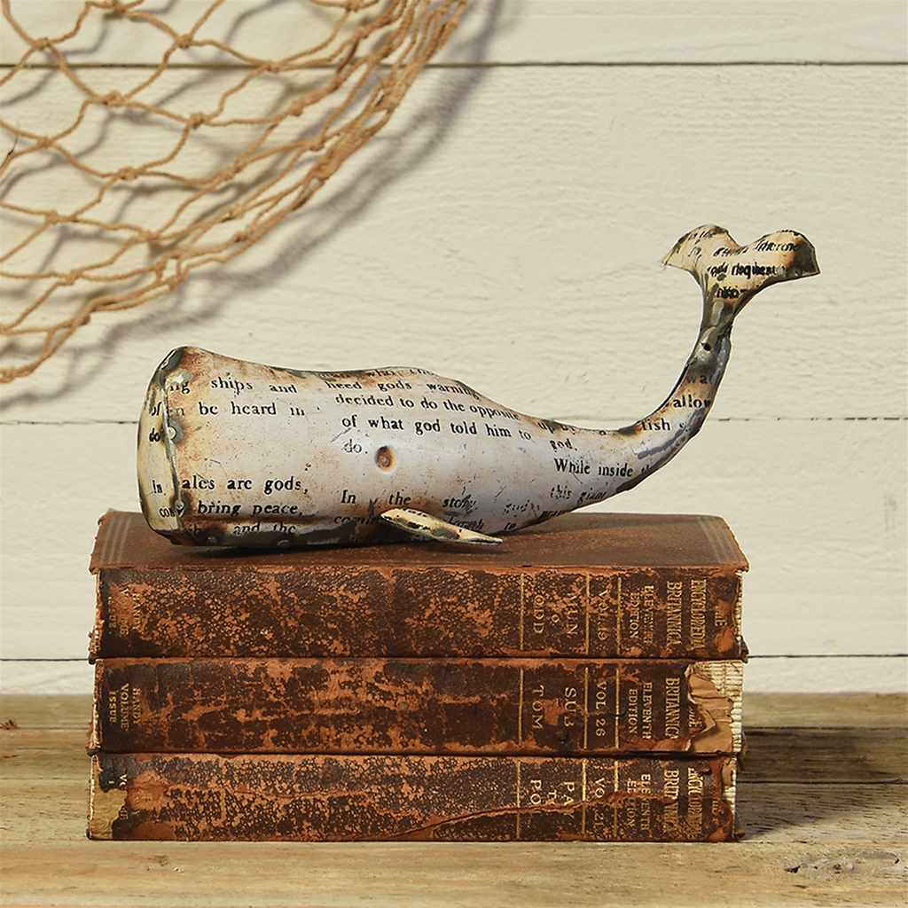 "Reclaimed Metal Whale - White Sm 9.5""x 4"" x 4"""