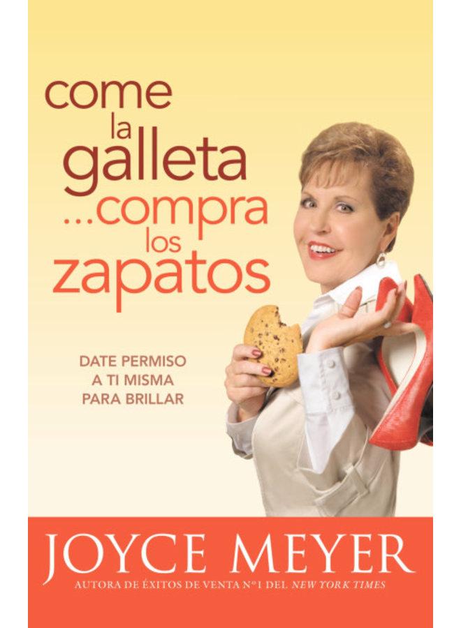 COME LA GALLETA COMPRA LOS ZAPATOS
