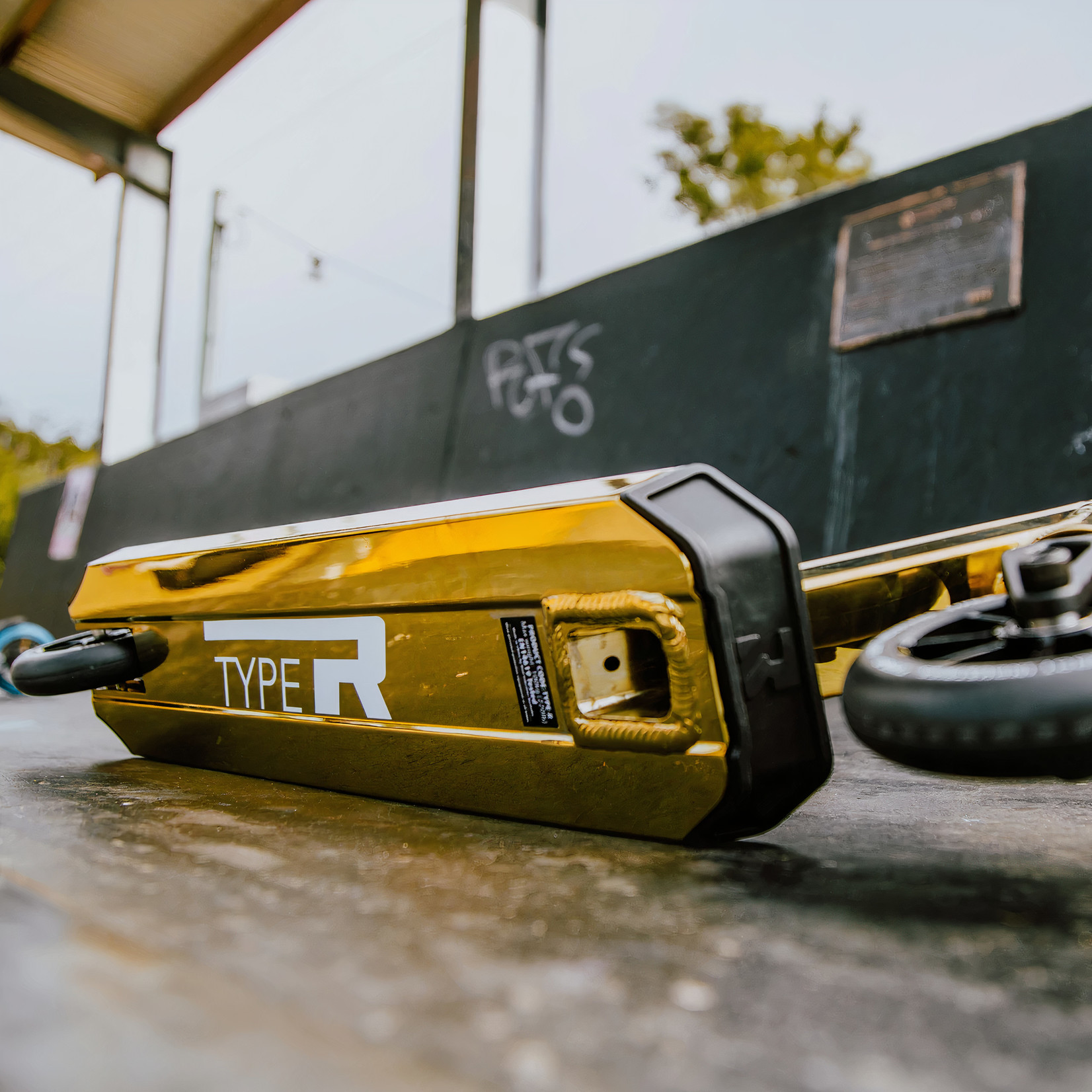 Root Industries Root Industries - Type R Complete Gold Rush