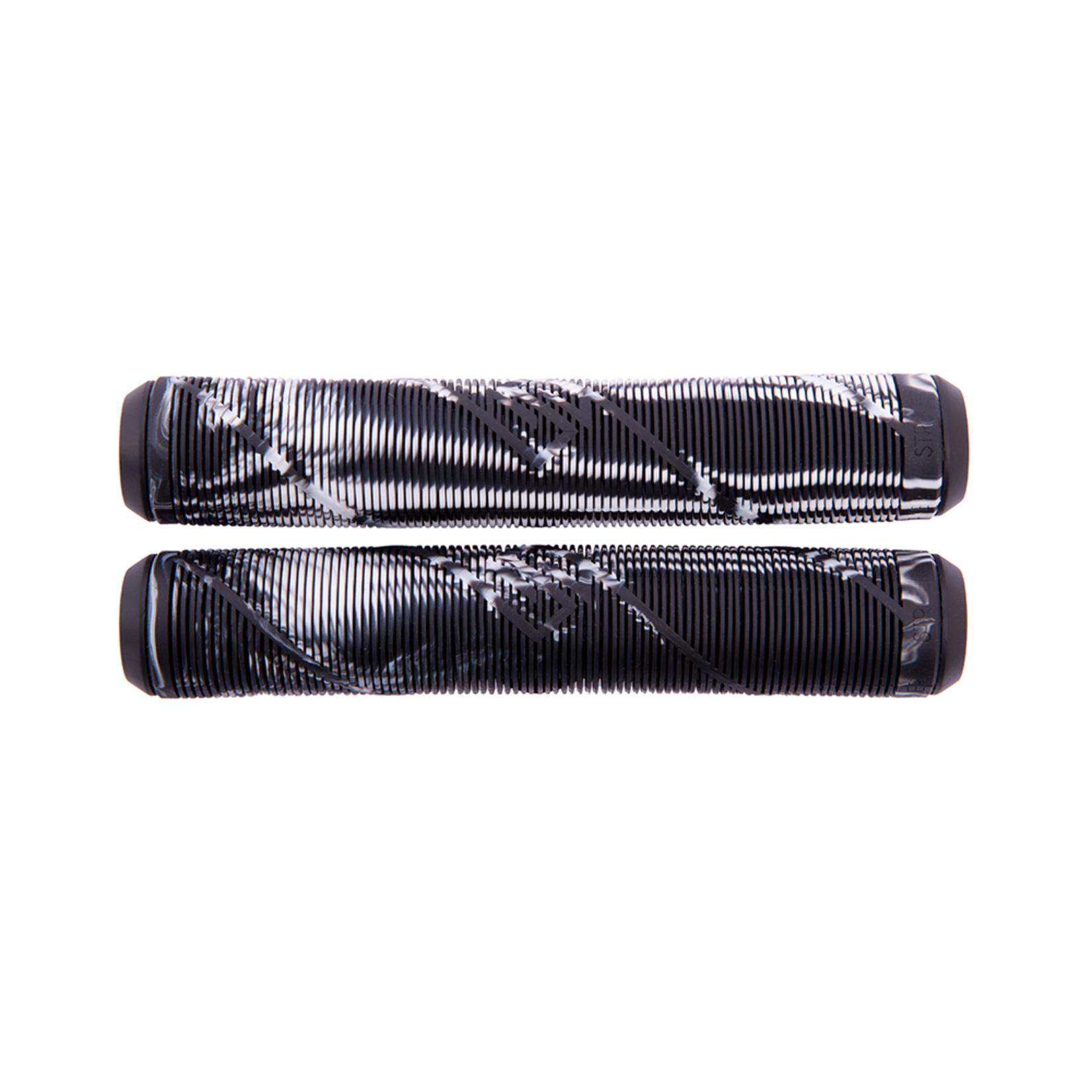 Striker Striker - Grips - Black / White