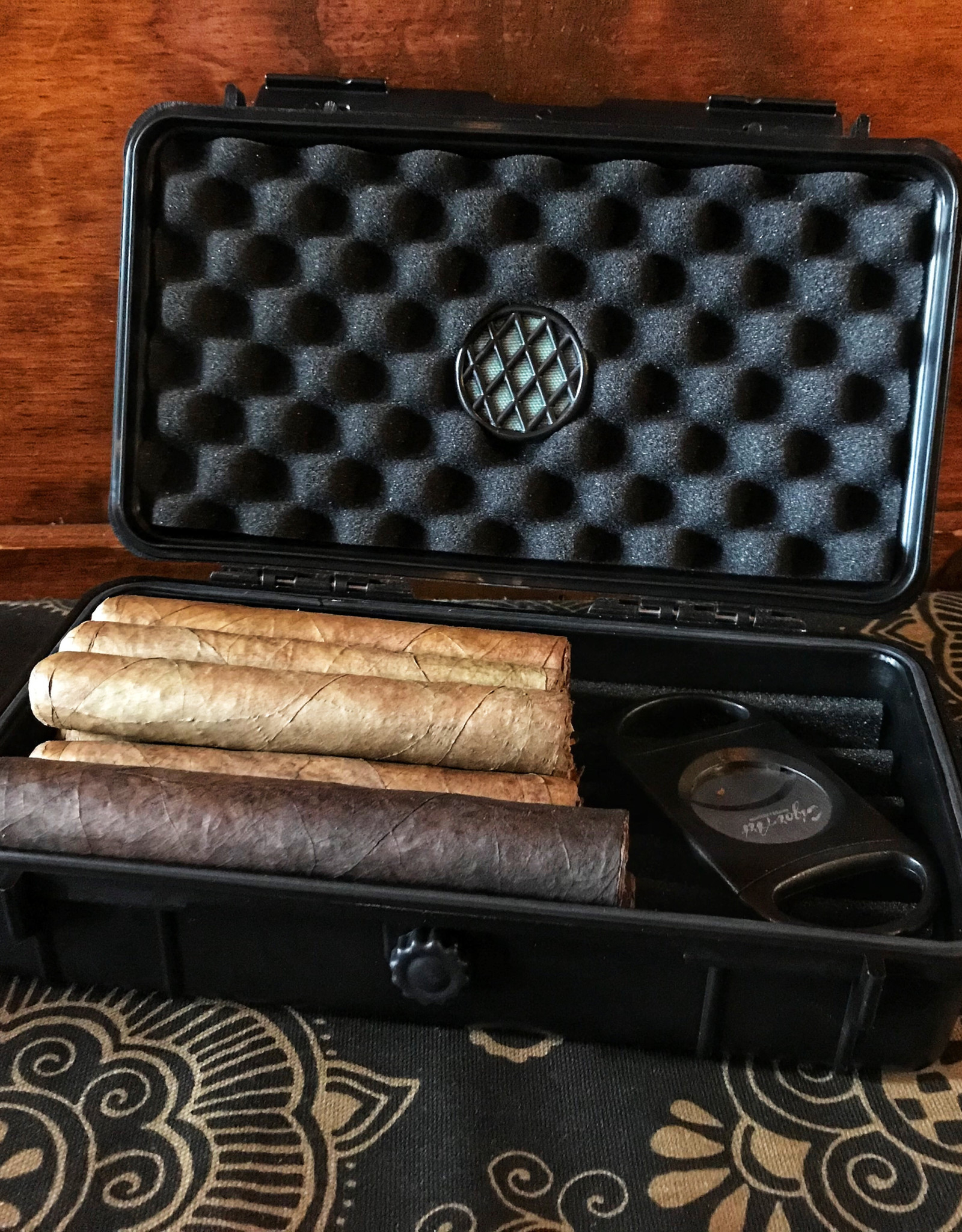 Phillips & King Humidors Hard Shell 5-10 Cigar Travel Case