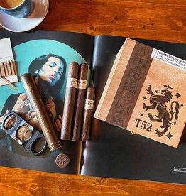 Drew Estate Drew Estate Liga Privada T52 Coronet 4 x 32 Tin of 10