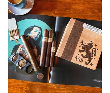 Drew Estate Liga Privada T52 Coronet 4 x 32 Tin of 10