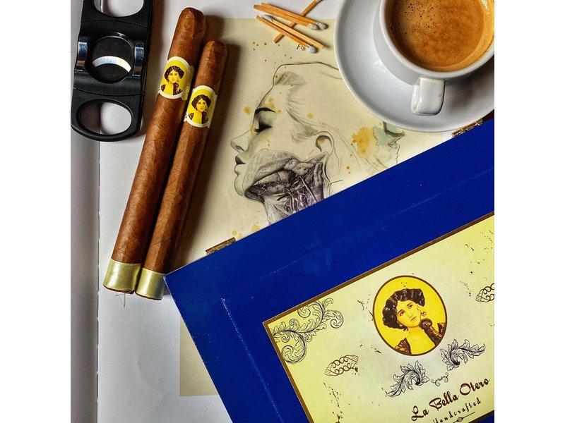 Cigar Art Cigar Art La Bella Otero Corona 6 x 42