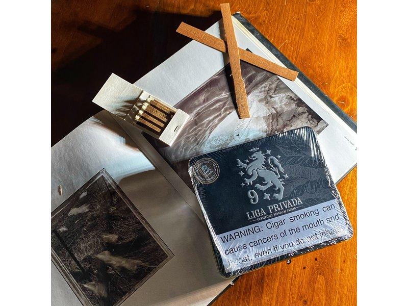 Drew Estate Drew Estate Liga Privada No. 9 Coronet 4 x 32 Tin of 10