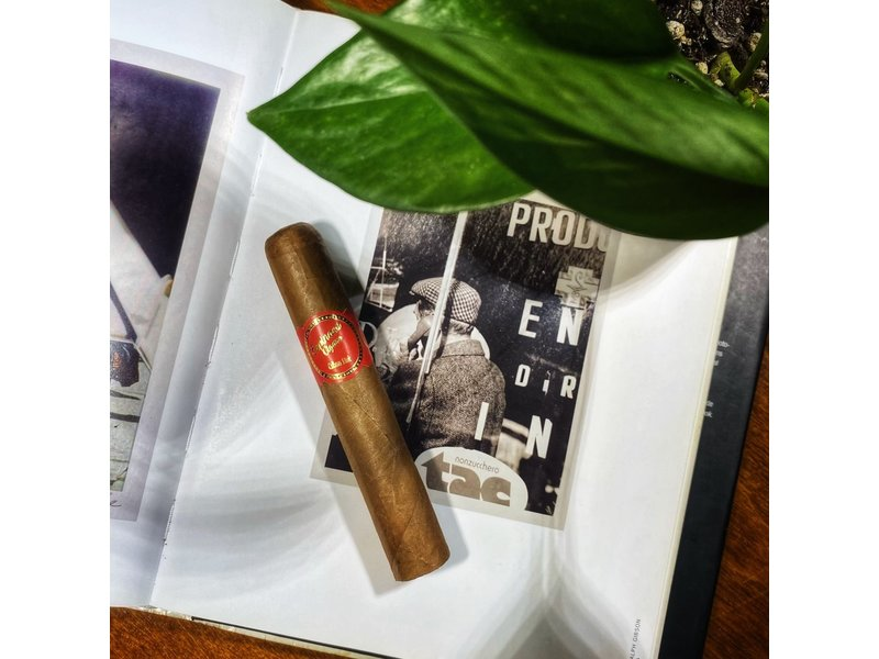 Privada Cigar Club Cuban Link Robusto by Espinosa Cigars Single