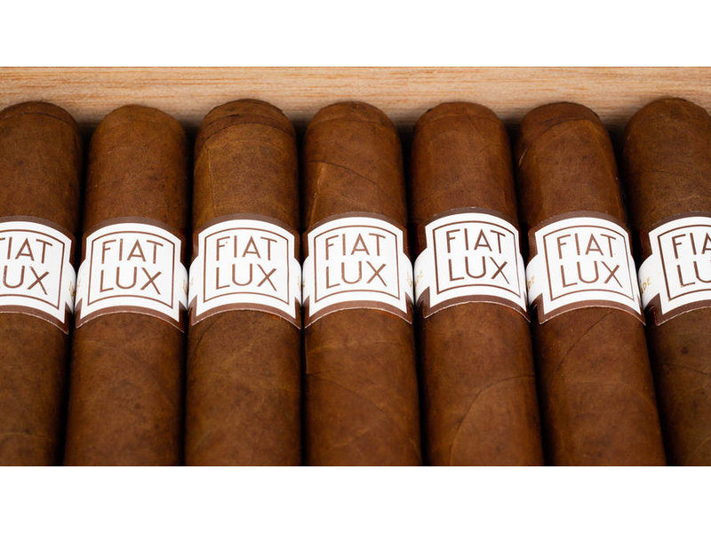 Crowned Heads Fiat Lux by Luciano 5 x 50