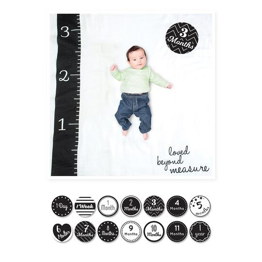 lulujo lulujo Baby's First Year blanket & cards set