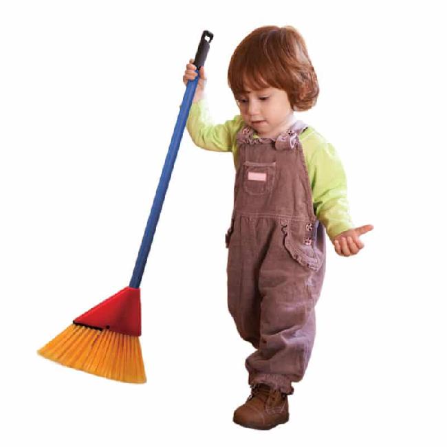 Schylling Junior Helper Broom Set (3+)