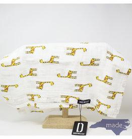 Darlyng & Co Muslin Swaddle Blanket Giraffe Print