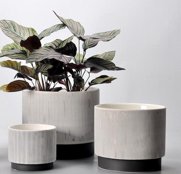 Pot Beckett Footed Cylinder Sml 6x5 Gray/Black