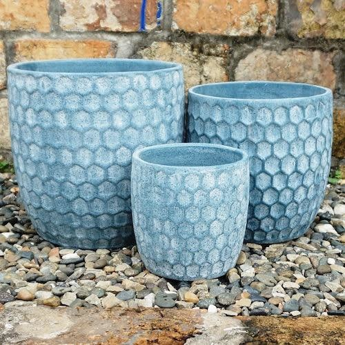 Pot Bobbie Honeycomb Sml 7x7 Blue