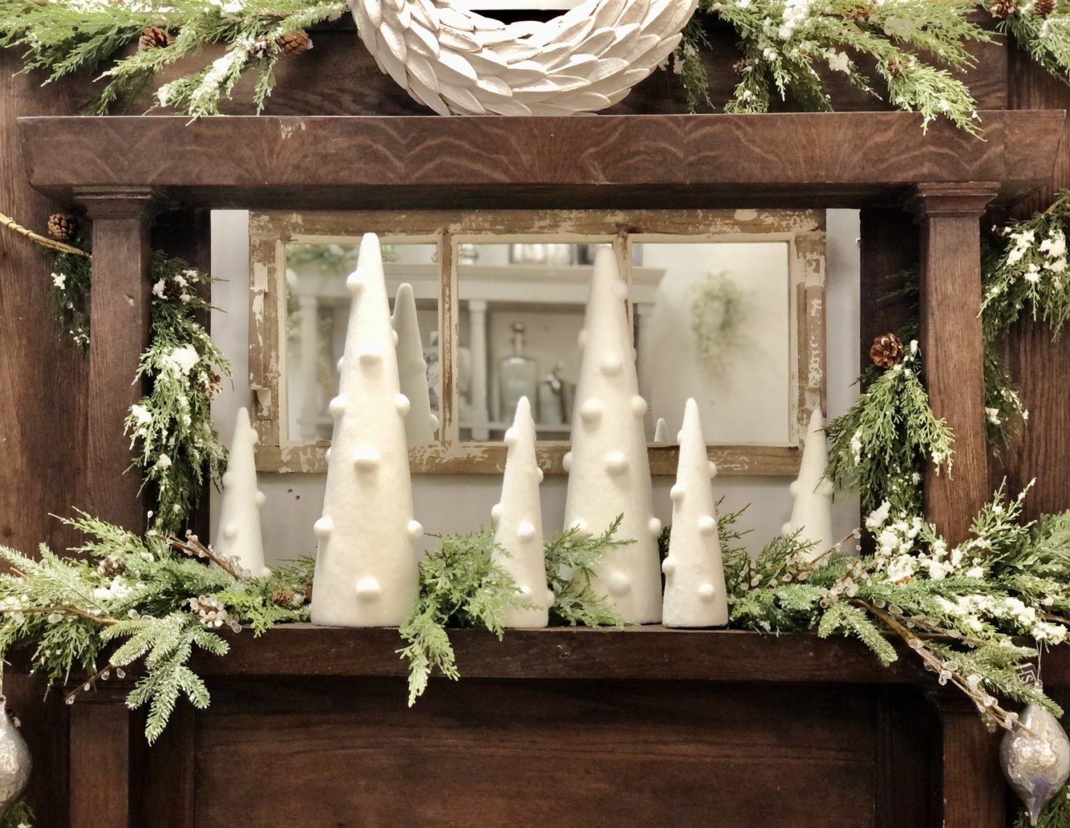 Create the Perfect Christmas Mantel With These Insider Tips