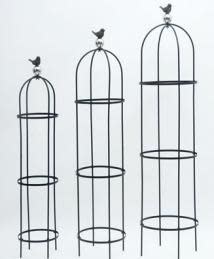 Trellis/Obelisk Bird on Globe Lrg 14x60 Metal