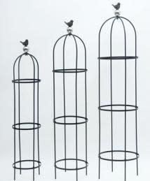 Trellis/Obelisk Bird on Globe Med 12x54 Metal