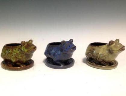 Pot Glazed Frog w/att Saucer 5x5 Asst