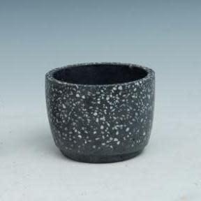 Pot Black Speckled Sml 4x3 B/W Cement