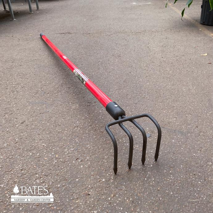 Long Handle Cultivator 4 Tine Fiberglass Bond