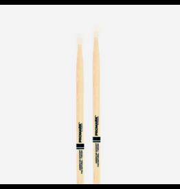 Promark Promark CLASSIC 5B NATURAL Hickory Nylon Tip Drumstick