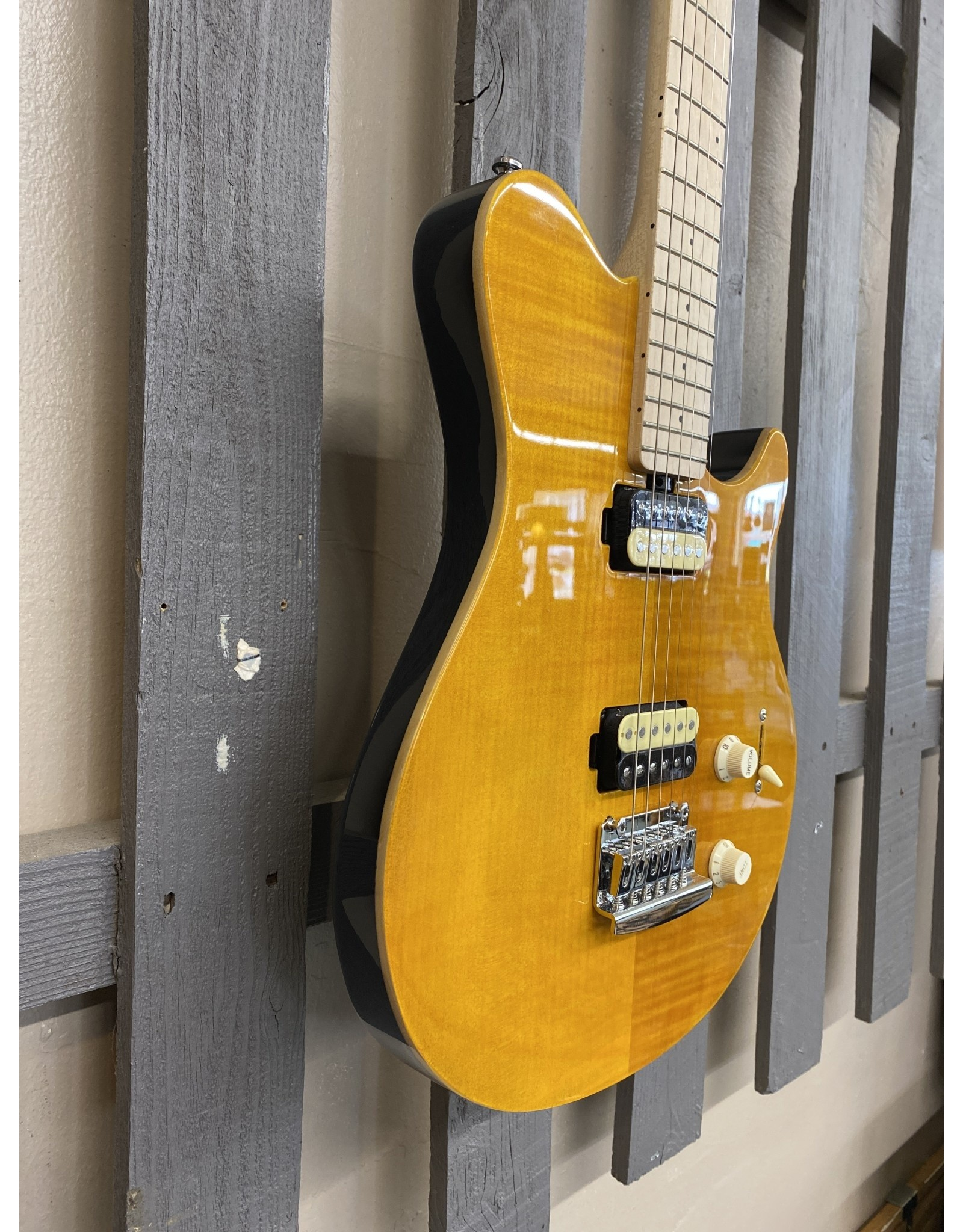 Sterling by Musicman Sterling Axis Flame Maple Electric Trans Gold