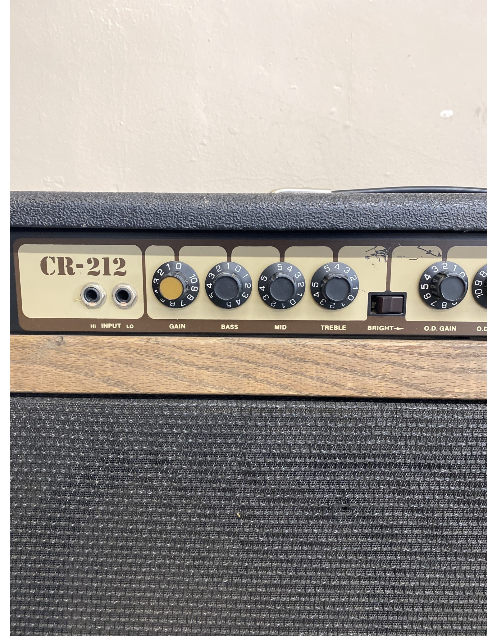 Crate Crate CR-212 (used)