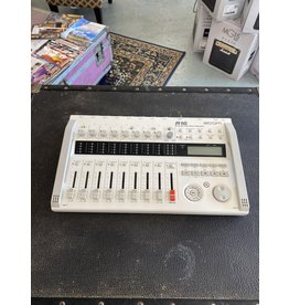 Zoom Zoom R16 Zoom R16 USB Audio Interface / Digital Multitrack Recorder / Control Surface (used)