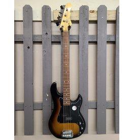G&L G & L Tribute Series LB100 4-String 3 Tone Sunburst