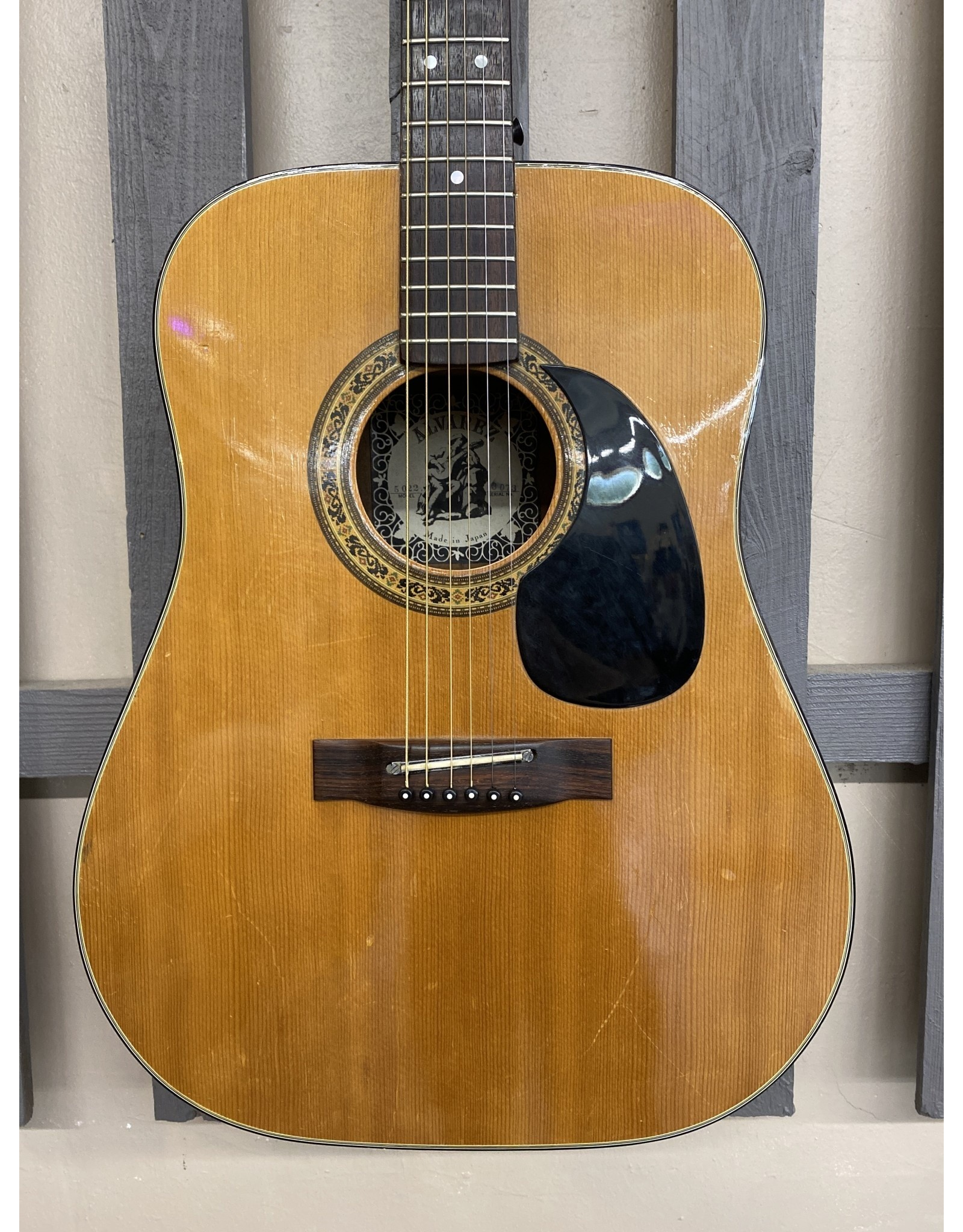 Alvarez Alvarez 5022 Acoustic Guitar (used)