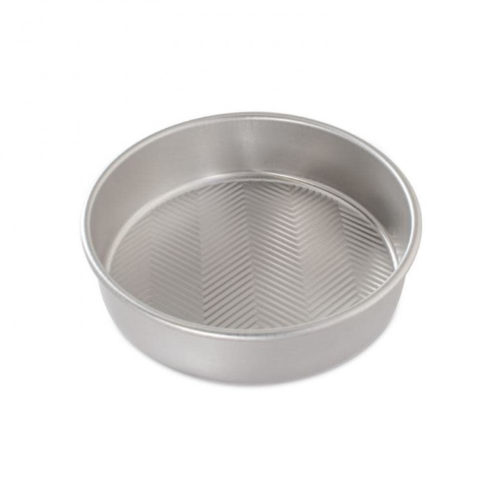 Nordic Ware Naturals Prism Textured Round Layer Cake Pan 9in