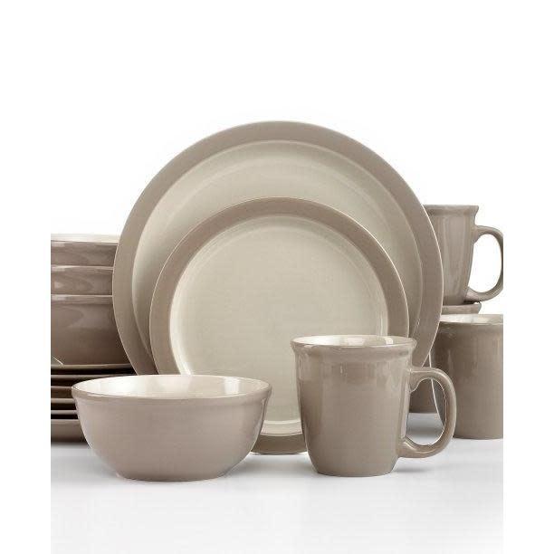 Thompson Pottery Dinnerware Set - Mali 16 Piece Set - Sesame Tan