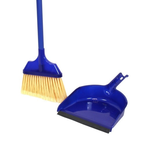 H2 Brands Small Angle Broom W/Dust Pan