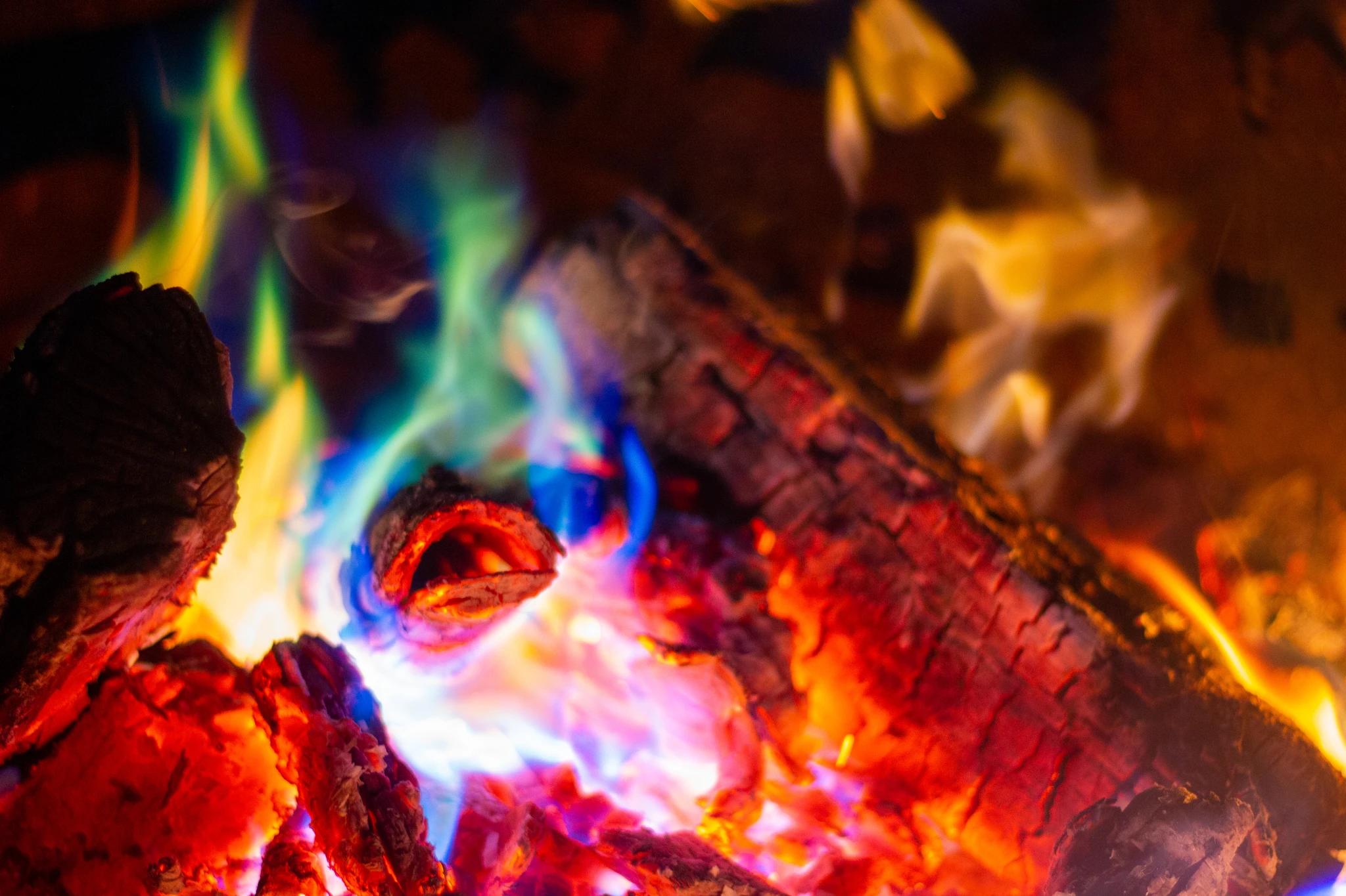 Winter Woods Northern Lights Fire Color Sticks 1.25LB