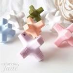 Création Jade || Croix sensorielle Bleu bébé