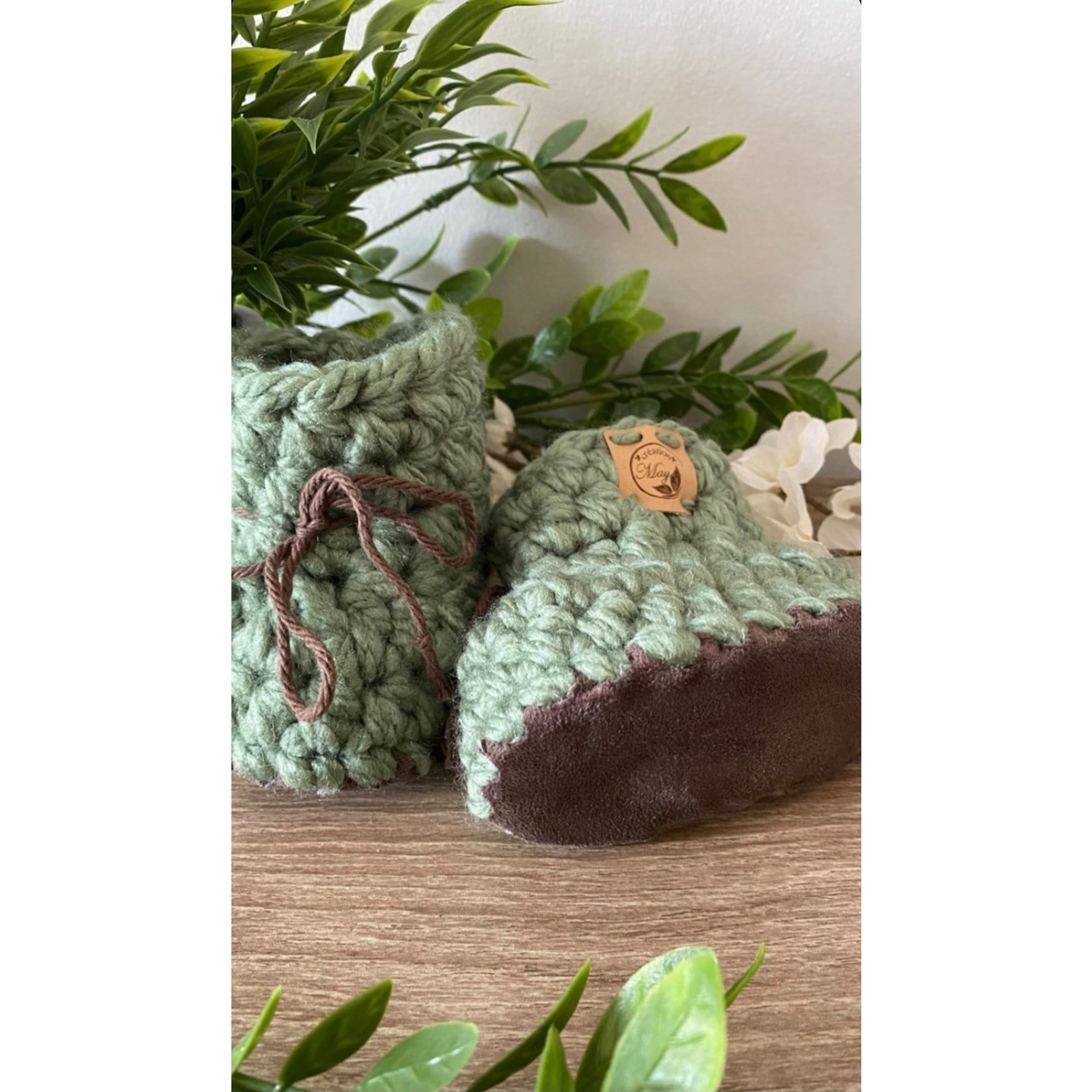 Création May    Pantoufles en tricot Sauge 0-6 m