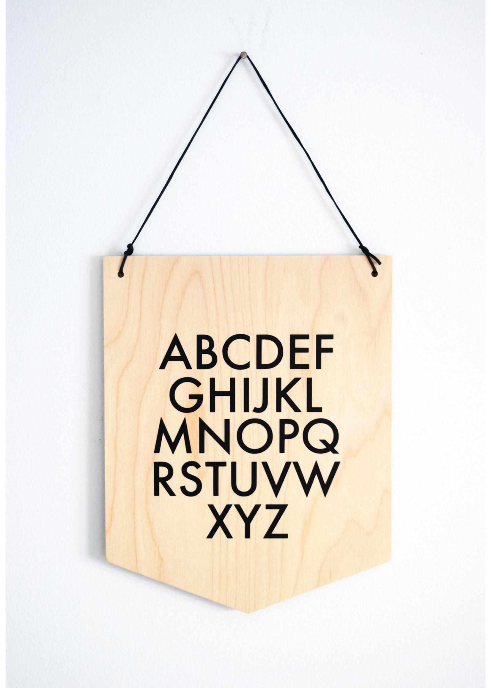 Abricotine Drapeau en bois Alphabet