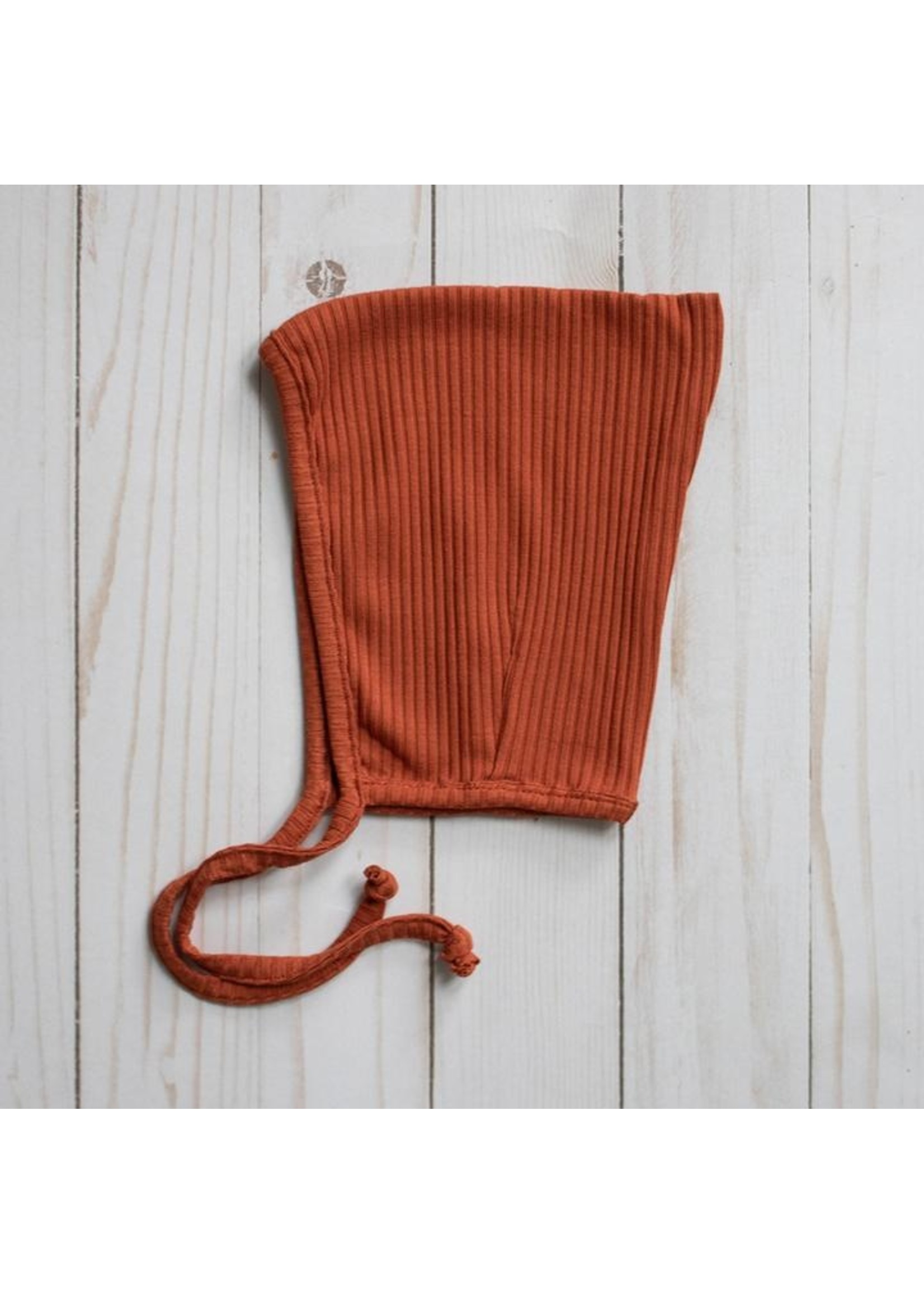 MASE & HATS Bonnet Pixie en Bamboo Rust