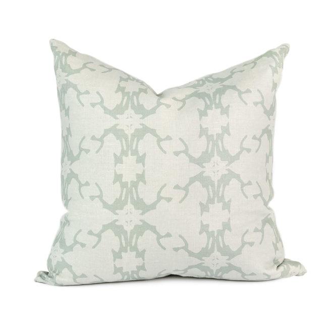 Vertebrae Pillow in Mineral