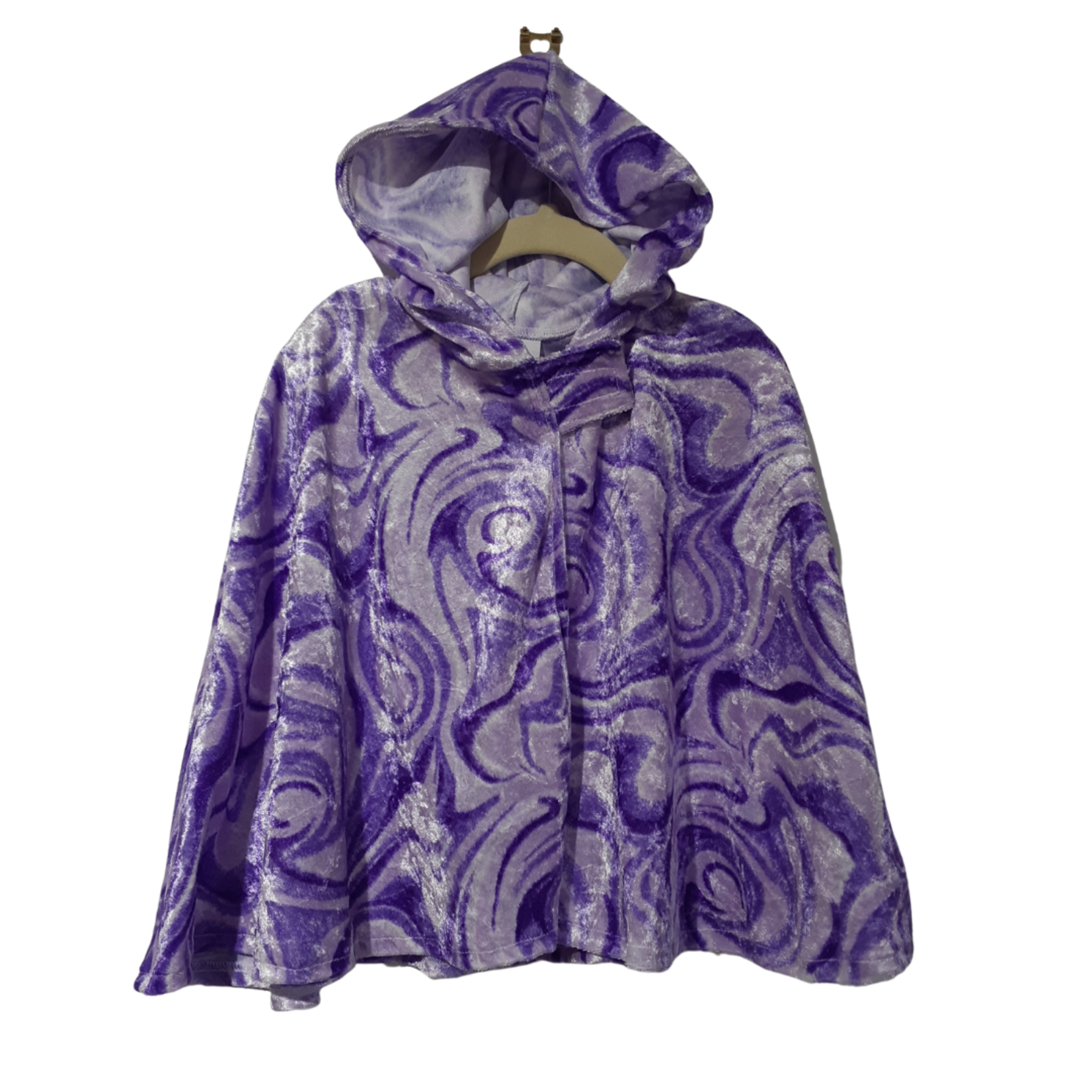 Wacky Wardrobe Wacky Wardrobe Cape Purple Swirl - Small