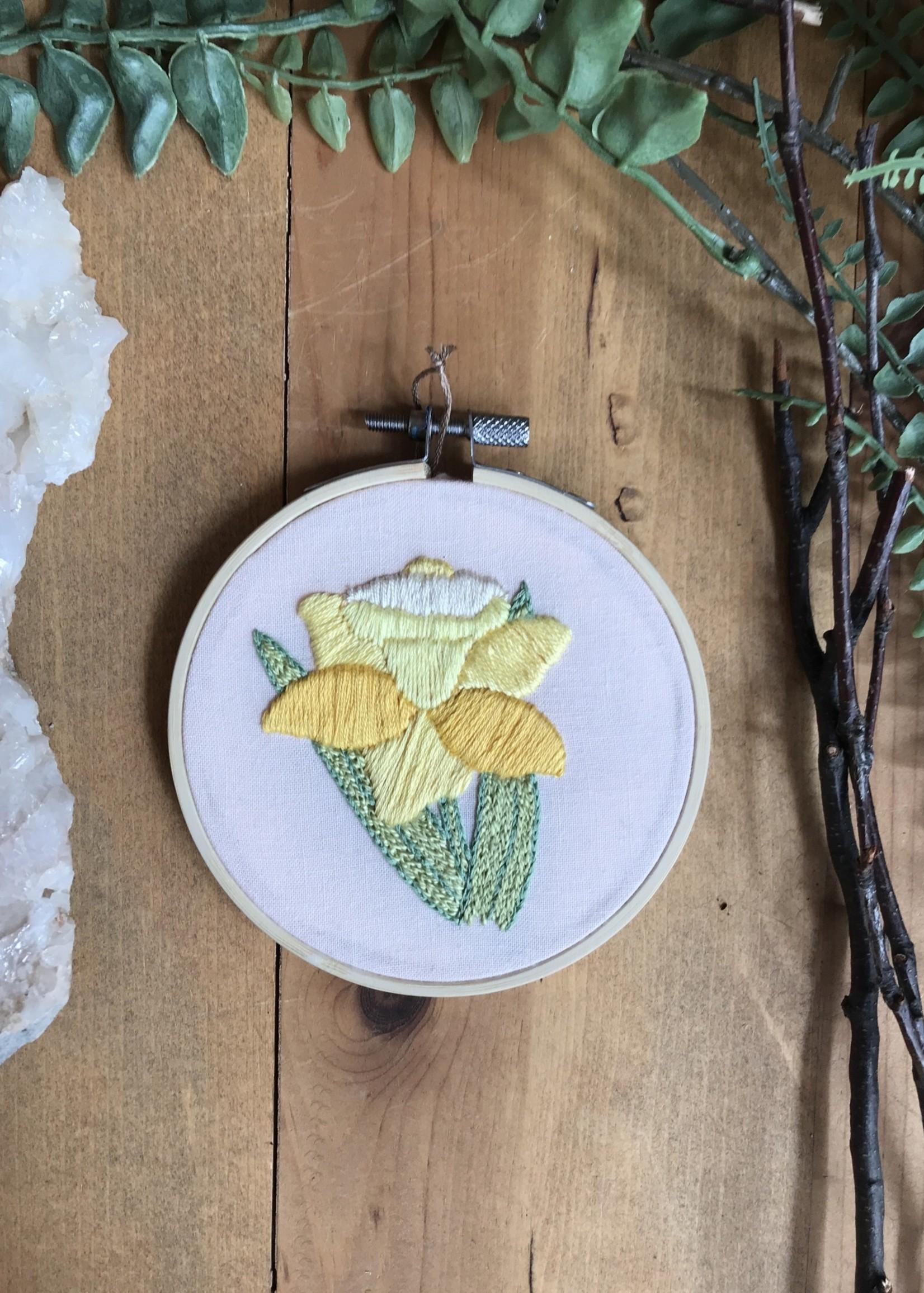 calliope embroidery Daffodil Calliope Embroidery