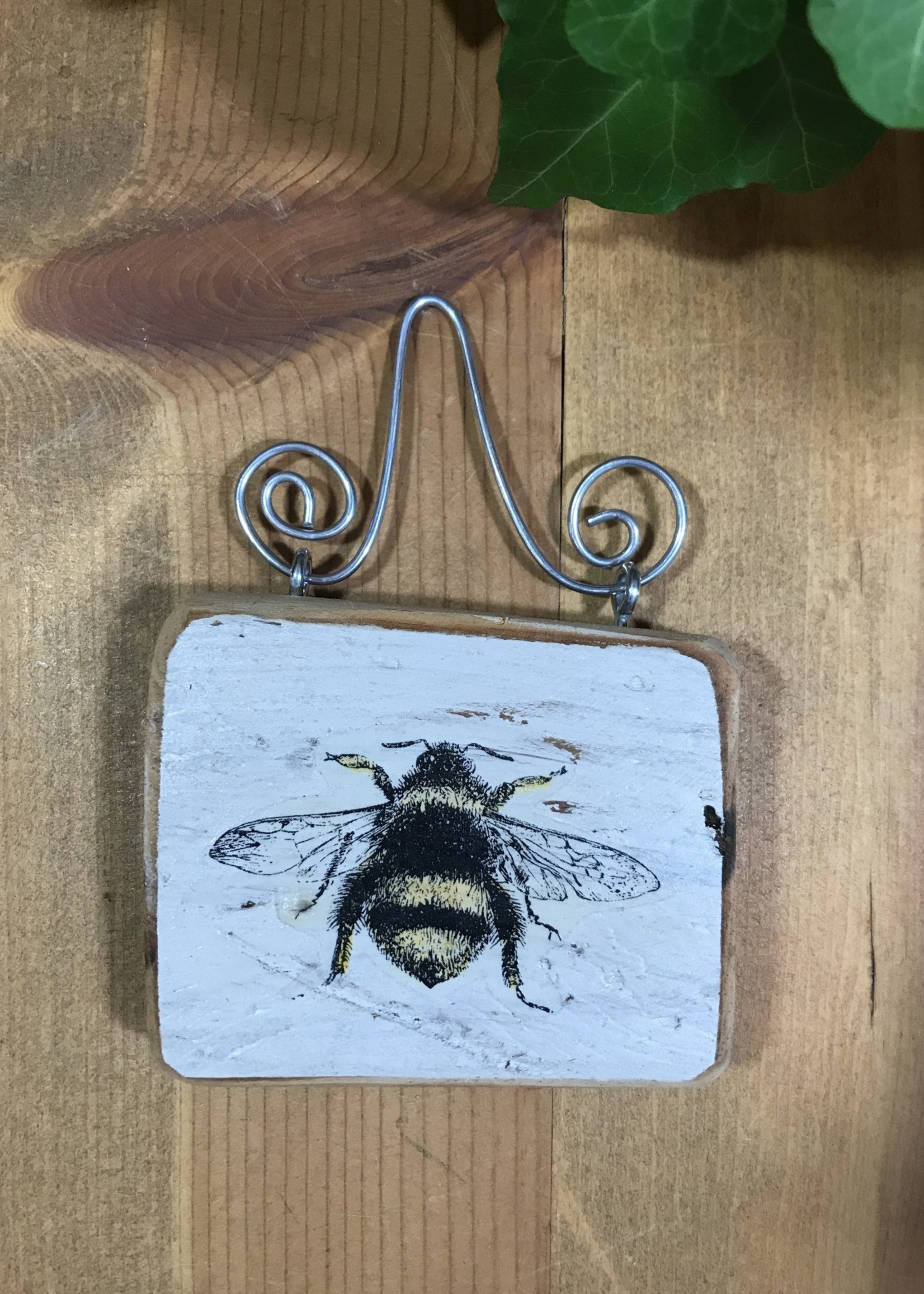 Small Bee Plaque