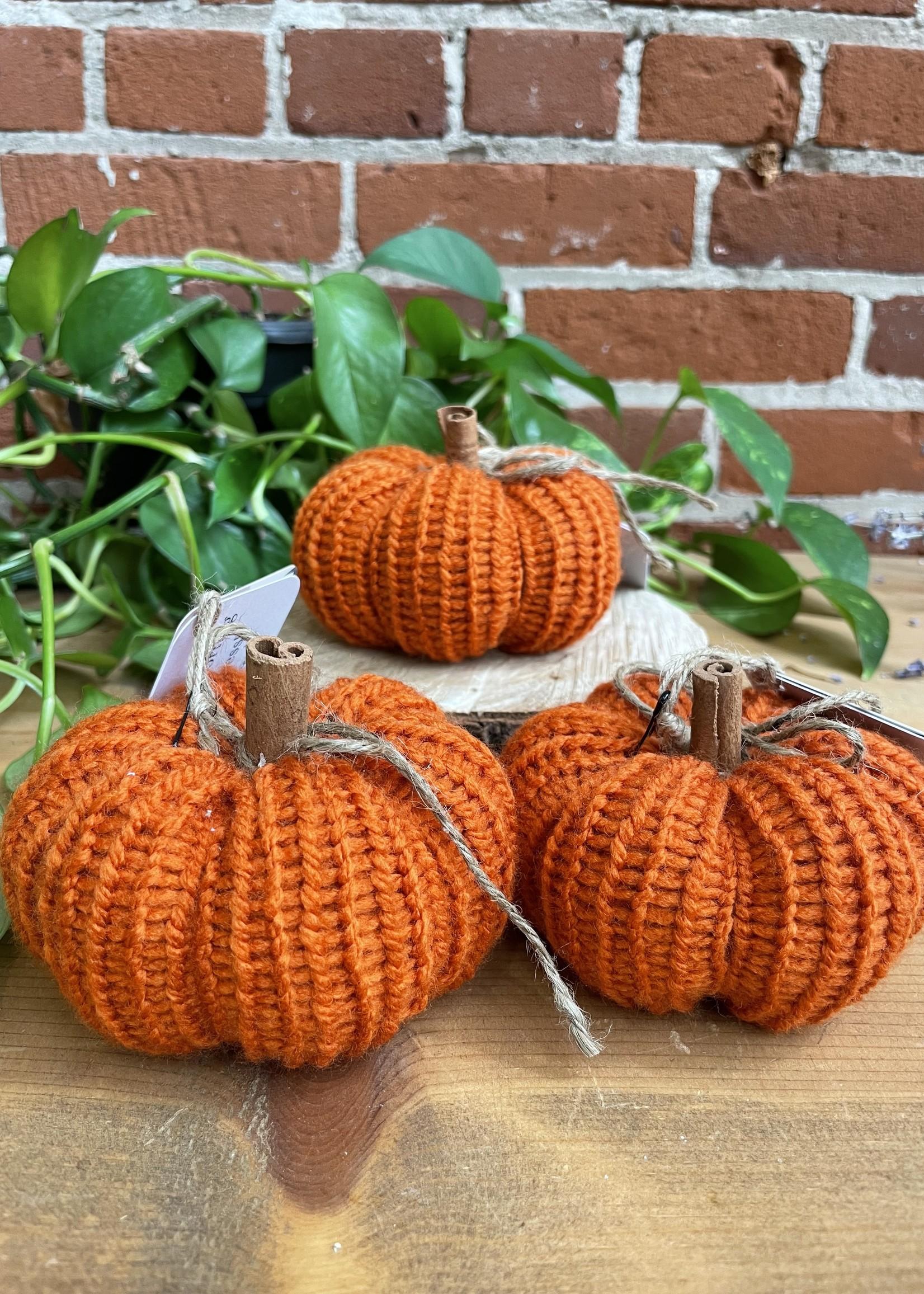 Hometown Yarn Knit Pumpkin