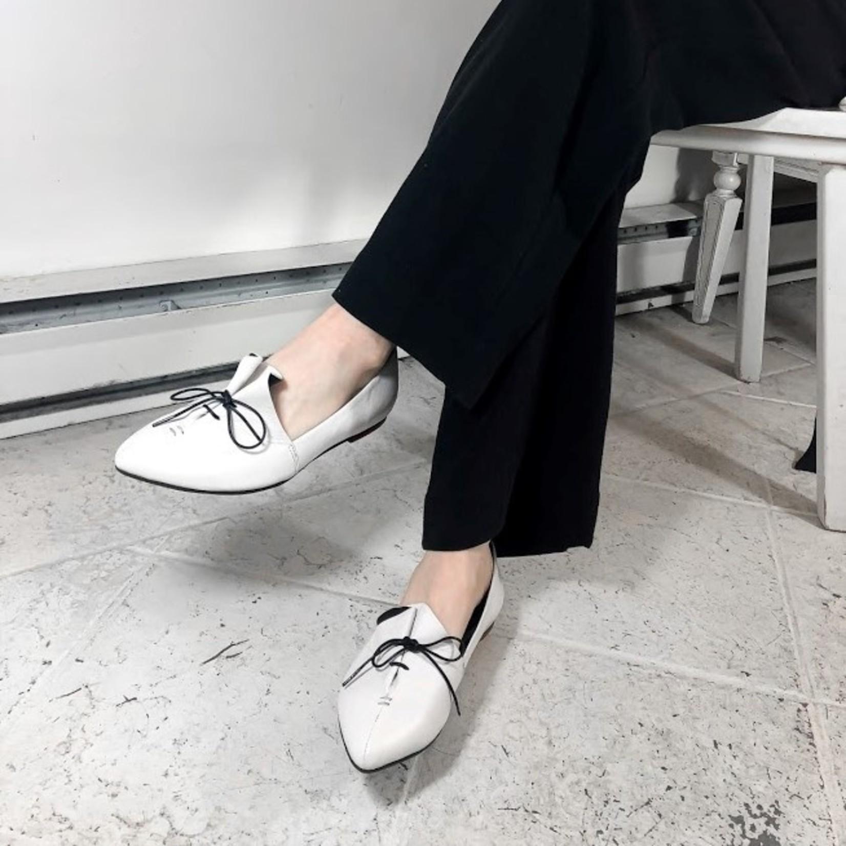 Yuko Imanishi Rina ~ Lace Up Flats