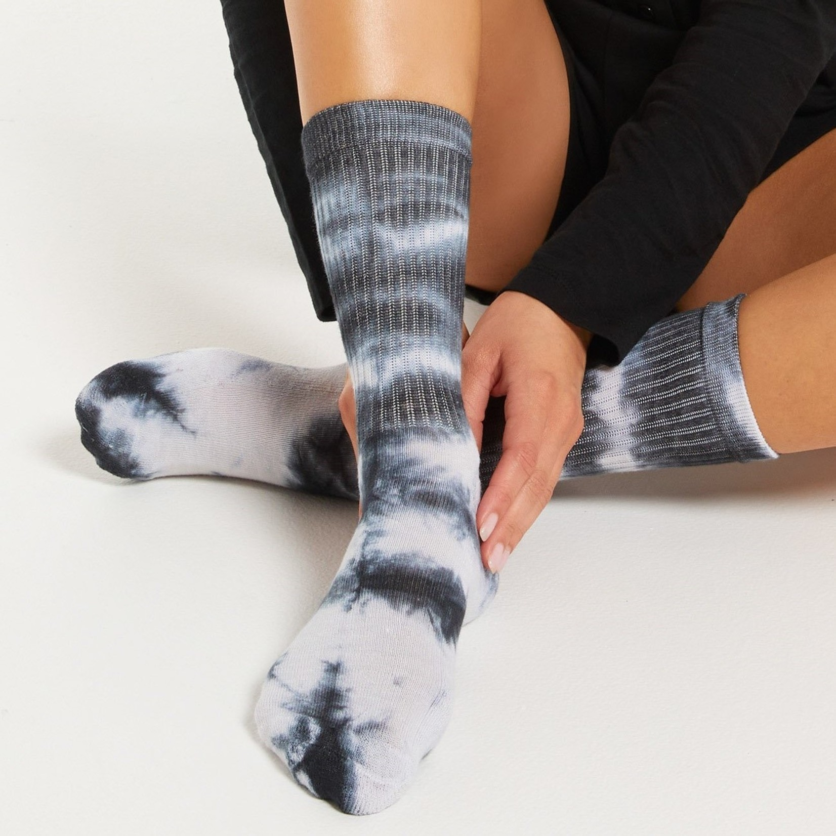 Z Supply Tie-Dye Socks