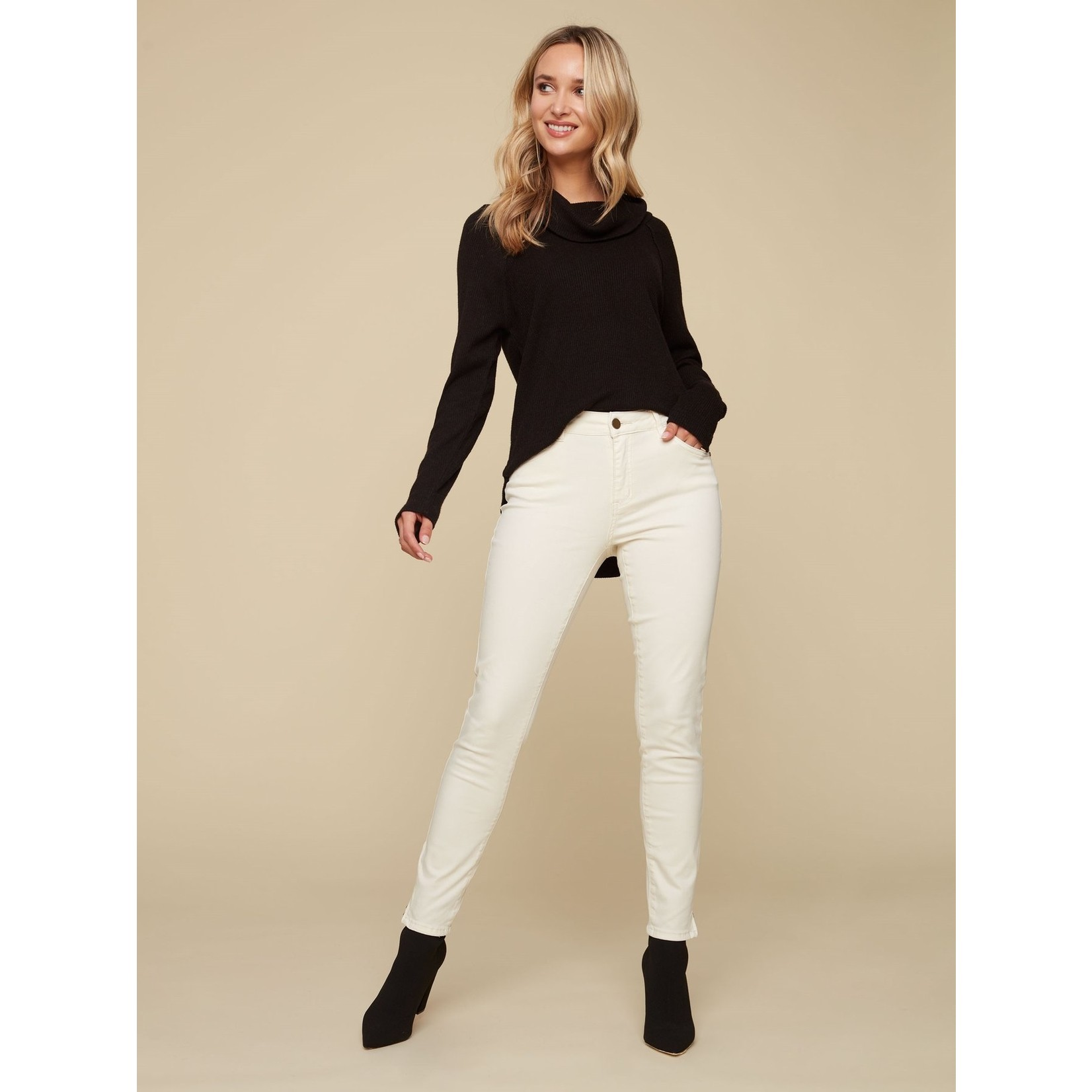Charlie B Ankle Pant with Zip