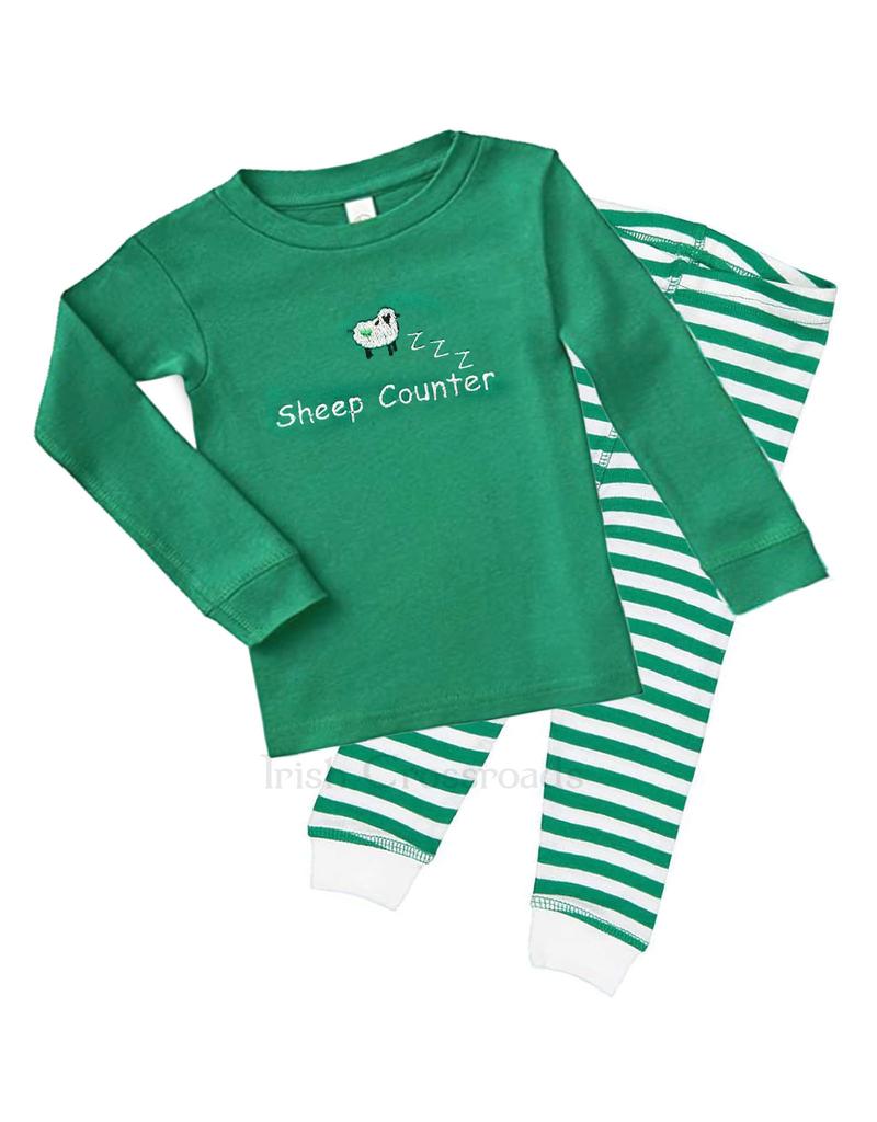 Green//White Traditional Sheep Irish T-Shirt